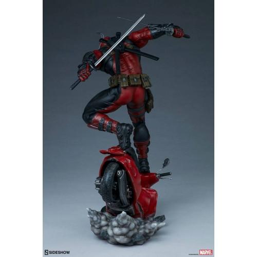 Marvel Premium Format Statue Deadpool 52 cm Sideshow Collectibles - 6