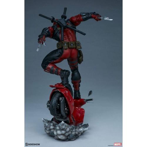 Marvel Premium Format Statue Deadpool 52 cm Sideshow Collectibles - 7