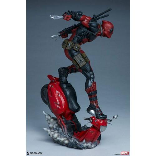 Marvel Premium Format Statue Deadpool 52 cm Sideshow Collectibles - 9