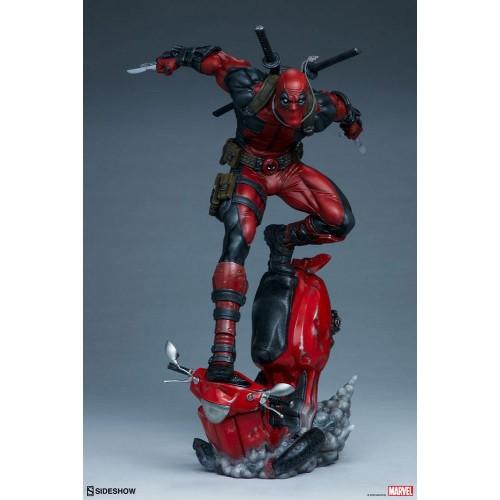 Marvel Premium Format Statue Deadpool 52 cm Sideshow Collectibles - 12