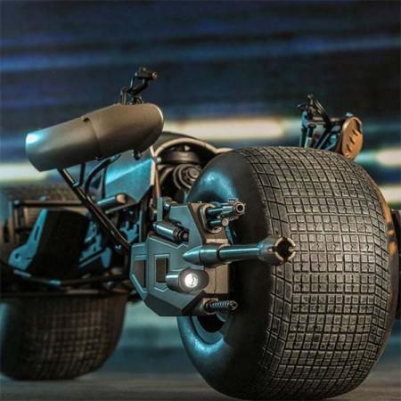 Batman The Dark Knight Rises Movie Action Figure 1/6 Bat-Pod 59 cm Hot Toys - 1