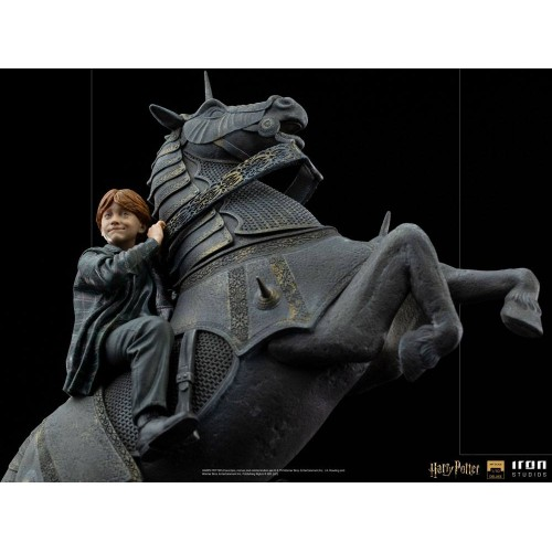 Harry Potter Deluxe Art Scale Statue 1/10 Ron Weasley at the Wizard Chess 35 cm Iron Studios - 8