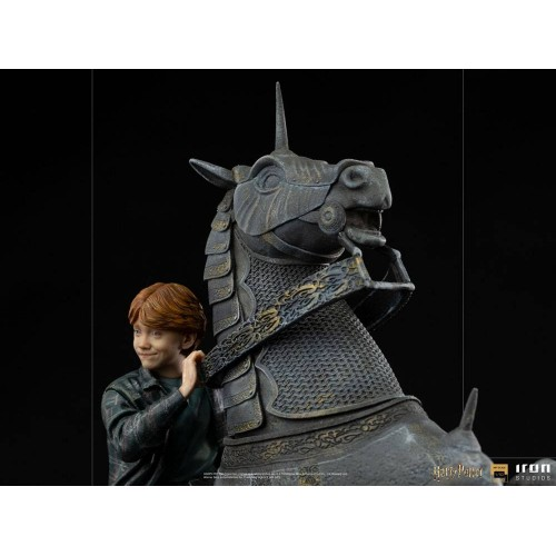 Harry Potter Deluxe Art Scale Statue 1/10 Ron Weasley at the Wizard Chess 35 cm Iron Studios - 9