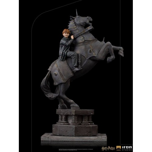 Harry Potter Deluxe Art Scale Statue 1/10 Ron Weasley at the Wizard Chess 35 cm Iron Studios - 11
